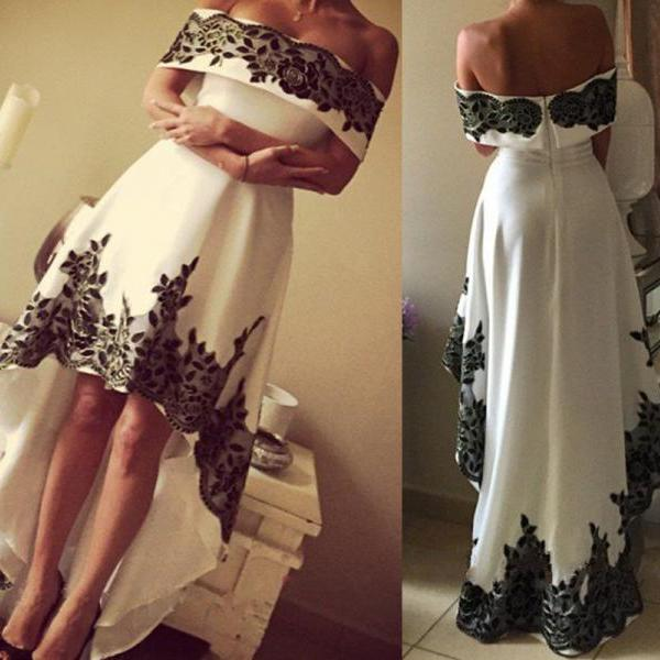 White Prom Dresses,High Low Evening Gowns,Lace Sleeveless Prom Gown,High Low Maxi Formal Dress,Beautiful Party Dresses For Teens