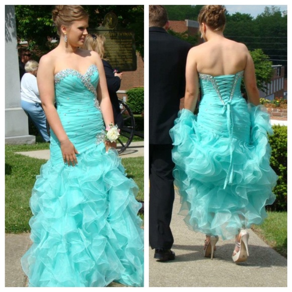 Ball Gown Prom Dresses,Blue Prom Dress,Crystals Prom Gown,Sparkly Prom Gowns,Elegant Evening Dress,Sparkle Evening Gowns,Tulle Evening Gowns,Sexy Prom Dress,Blue Party Dress For Teens